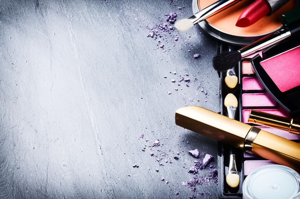 make up_239500606